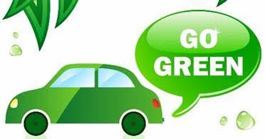 Grön bil med texten